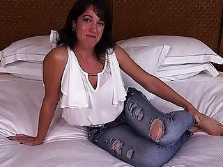 Jaymee - virginal cougar next door tries pornography