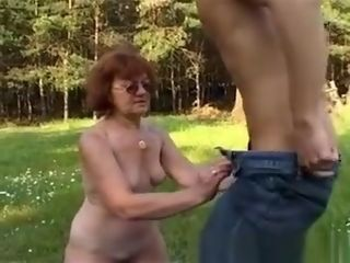 Grandma With hefty caboose Gets man stiff