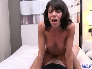 Turned on promiscuous dark haired cougar Lexi Foxy shows cupcakes and plows missionary