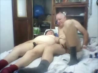 That's the way to do it and this obscene older superslut luvs sideways pose
