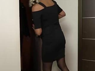 Nymphomaniac cougar platinum-blonde