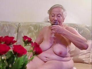 OmaGeiL almost Hundred Years aged granny nude