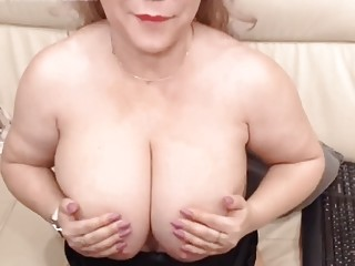 MATUREOFKIND WITH HER fat breasts drains WITH stimulator