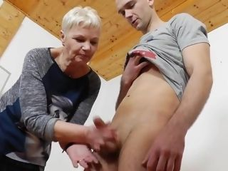 Adult instructor handjob blowjob pain peppery nails 3