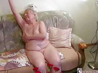 OmaGeiL almost Hundred Years older granny bare