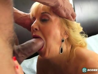 Rebecca's insatiable side - 50PlusMilfs