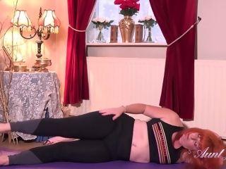 Cougar Melanie milks After Her exercise