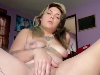 'Kitten Pumping white-hot Pussy'