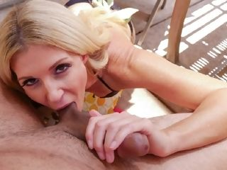 India pulled stepsons meatpipe to her gullet